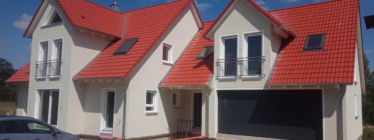 Zäh Massivholzhaus Einfamilienhaus Zwerchgiebel